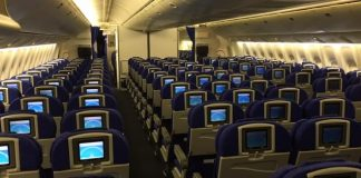 boeing 777-200, economy class, back