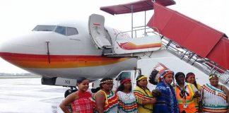 slm, surinam airways, boeing 737-700, inwijding, feest, zanderij