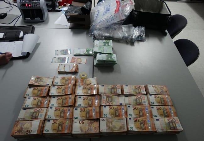 cash, aruba, openbaar ministarie, suriname, 16 april 2019