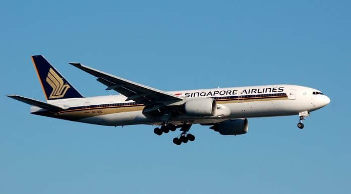 singapore airlines, boeing 777-200ER-